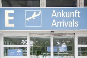 Arrival Airport UK Almond Voc. Link Erasmus+