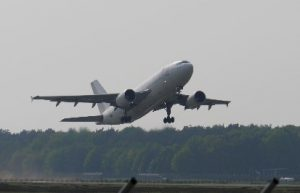 Plane UK Exchange Almond Voc. Link Erasmus+